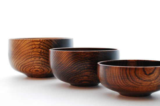 lacquered wooden bowls made by Kihachi Kobo from Yamanaka Japan